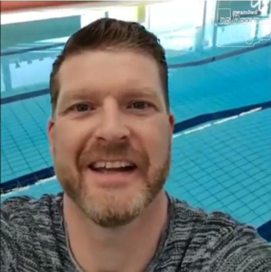 Berichtje badmeesters en badjuffen